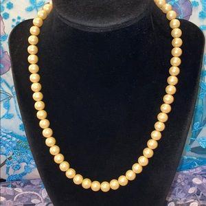 Vintage Cream Pearl Necklace